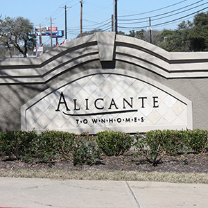Alicante Townhomes For Sale and For Lease